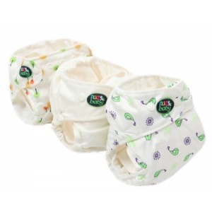 One-size-fits-all cloth nappy (diaper) set